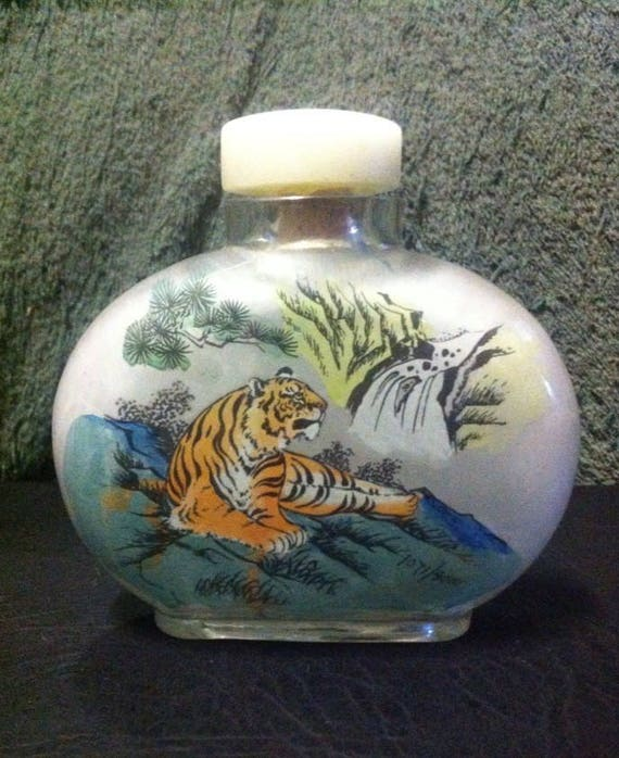 Chinese Collectible Handmade Inside painted tiger glass Snuff Bottle