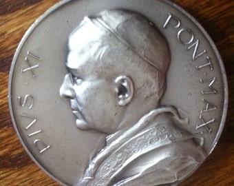 Rare Pope Pius XI 1939 Silver Commemorative Medallion