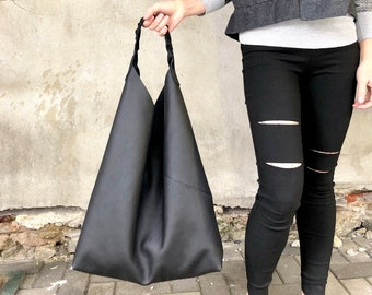 Oversized leather hobo bag 7d2c9006ea64e