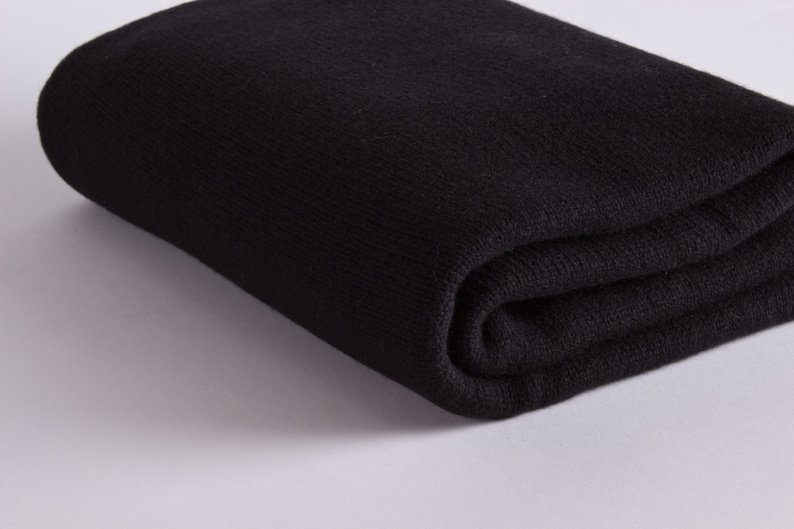 Luxury 100% Cashmere Travel Blanket Wrap  Black   30ce77f14