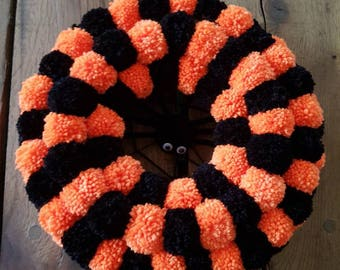 Pompom wreath, pom pom wreath, Halloween decoration, festive wreath, autumn wreath, fall wreath, fall decor, Halloween wreath, spider wreath