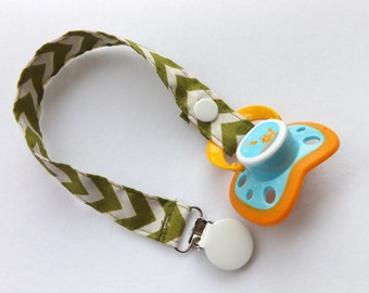 Gender Neutral Pacifier Clip-Chevron Olive Green and Off White.  Binky Clip/Binky Holder.