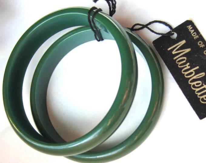 Marblette signed Bakelite Emerald GREEN Bangle Bracelet set ~vintage plastic jewelry
