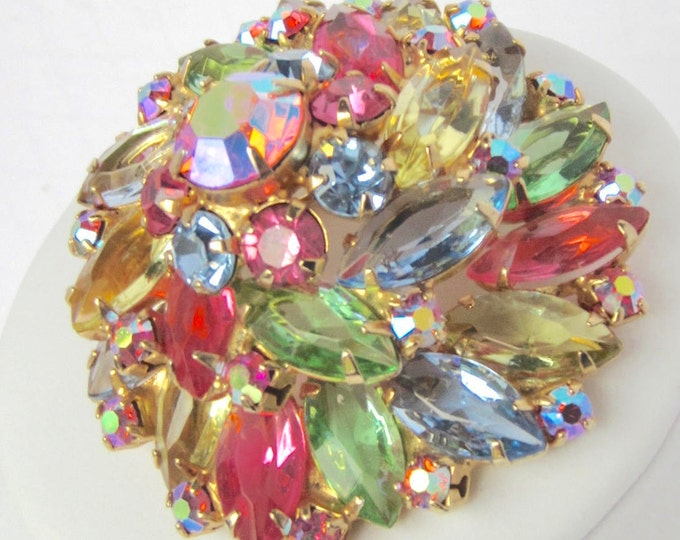 Four-tier, Domed, Whirlpool, Multi-color (pink, blue, green, & yellow shades) Rhinestone Floral PIN ~Juliana DRAMATIC vintage costume jewelr