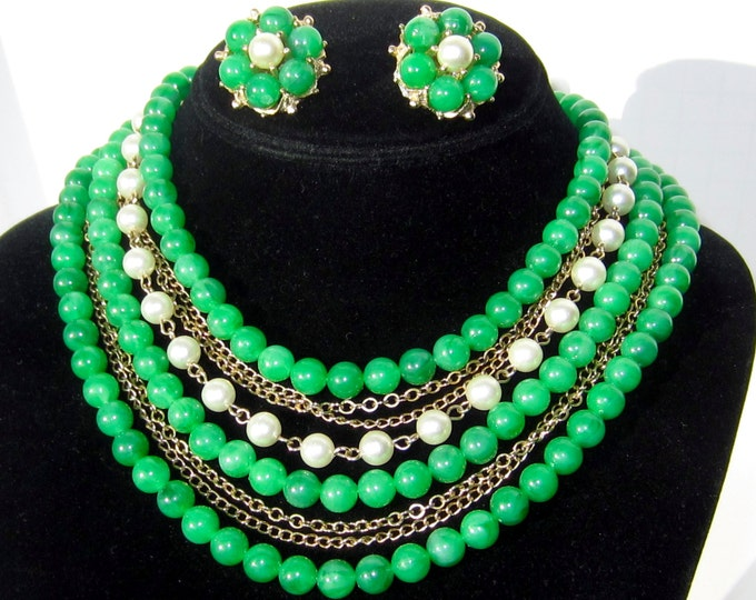 Set GREEN marble Bead and faux Pearl multi-strand chain Graduated Necklace & Earrings ~lovely vintage costume jewelry