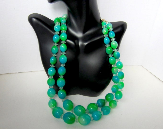 Hong Kong signed Peacock /Mermaid's Tail OMBRE bead NECKLACE ~wonderful, mid-century vintage costume jewelry