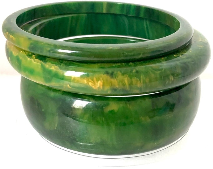 Bakelite tested Trio of shinny, Spinach green marbled Bangle Bracelets ~72 gms of beautiful, early plastic jewelry