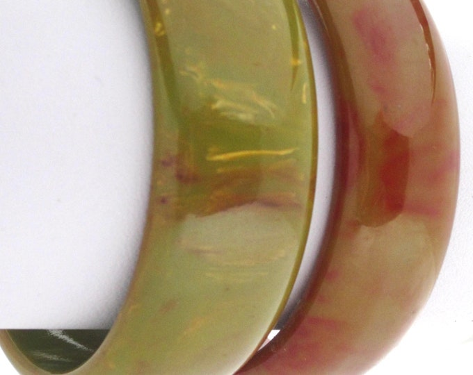Two Bakelite tested GREEN Bangle Bracelets (1 Marblette) with unique REDDiSH End-of-the-Day swirls ~pretty, midcentury costume jewelry