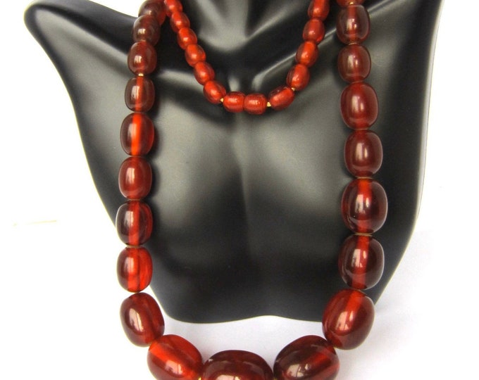 Bakelite tested Red Apple Juice translucent Beaded Necklace ~** gms of vintage awesomeness