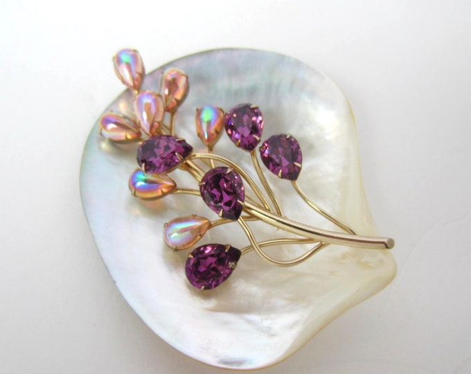"Big purple & opalescent ""Dragon's breath"" crystal flower PIN ~bold, beautiful vintage costume jewelry"