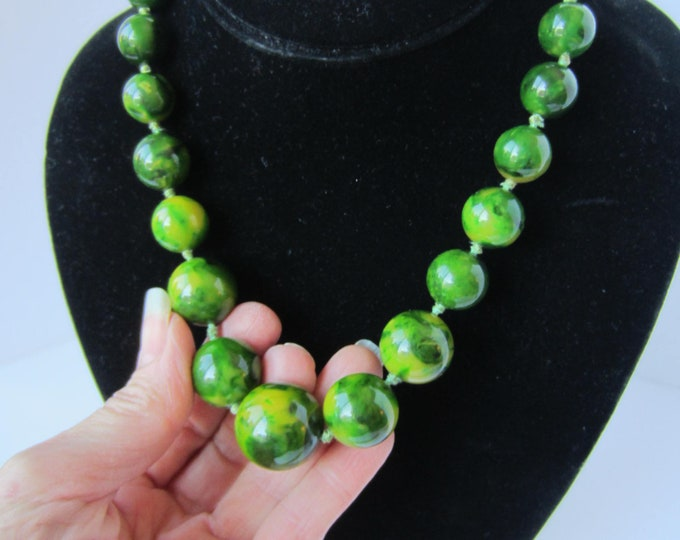 Kenneth Lane (KJL) signed Bakelite GREEN, End-of-the-Day, hand-knotted, bead Necklace ~lovely, collective vintage costume jewelry