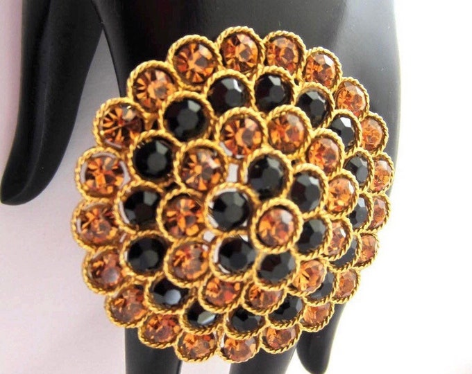 Big Lisner signed tiered/domed bursting flower Brooch with copper & black crystals -pretty, mid-century jewelry
