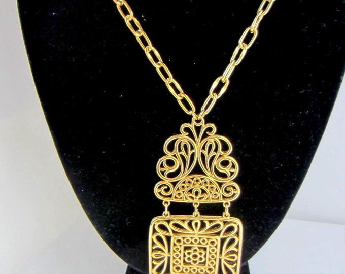 TRiFARi signed stain glass pendant with original chain ~** gms of mid-century timeless designer costume jewelry