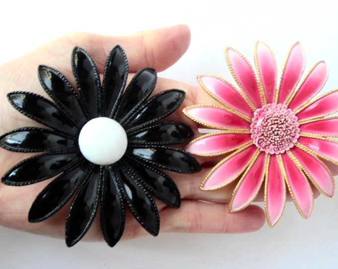 Flower Power ombre PINK & Black metal, enamel Pin set ~Big, bold, statement-making vintage costume jewelry