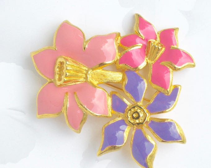 MONET signed MODERNIST, stylized, pink, purple ENAMEL Flower Bouquet pin ~big, bold vintage costume jewelry