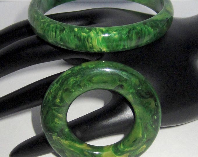 BAKELITE tested GREEN, End-of-the-DAY Bracelet & Pin set ~lovely, vintage costume jewelry