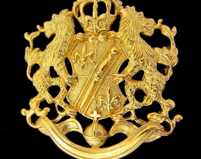 Joan Rivers signed Lions' Crest Pin ~29 gms of costume jewelry