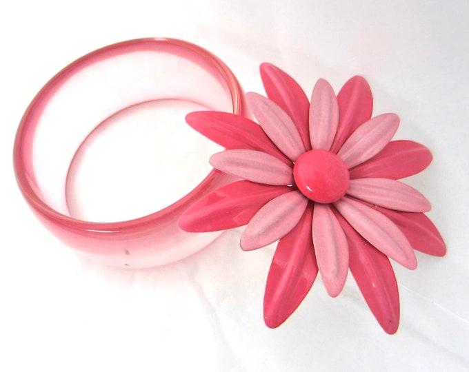 "Pink ""Flower Power"" Pin & translucent lucite Bangle Bracelet Set ~pretty costume jewelry"
