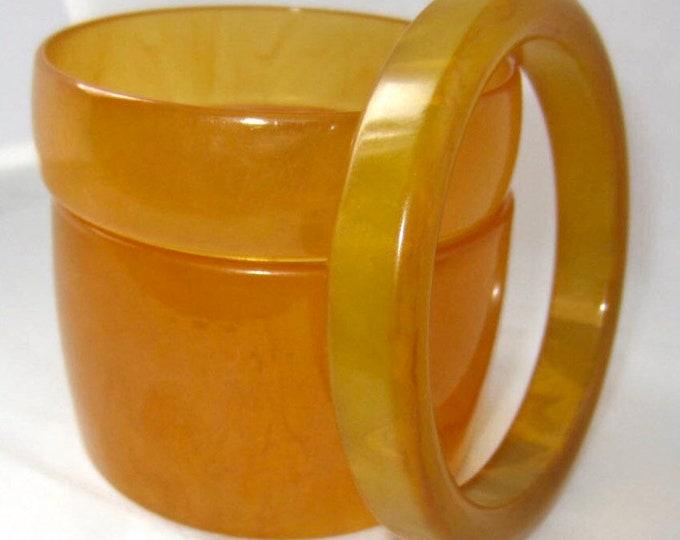 3 BAKELiTE tested APPLE Juice translucent, marbled Bangle Bracelet Lot ~65 gms of translucent, vintage juiciness, rare offering