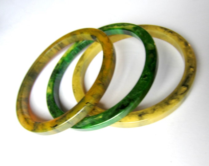 "BAKELiTE tested ""INKY"" End-of-the-Day green, yellow, translucent Bangle Bracelet set ~wonderful, vintage costume jewelry."