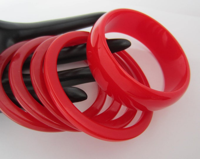 Bakelite RED Velvet tested five-piece LOT of translucent Bangle Bracelets ~72 gms of luscious, vintage costume jewelry