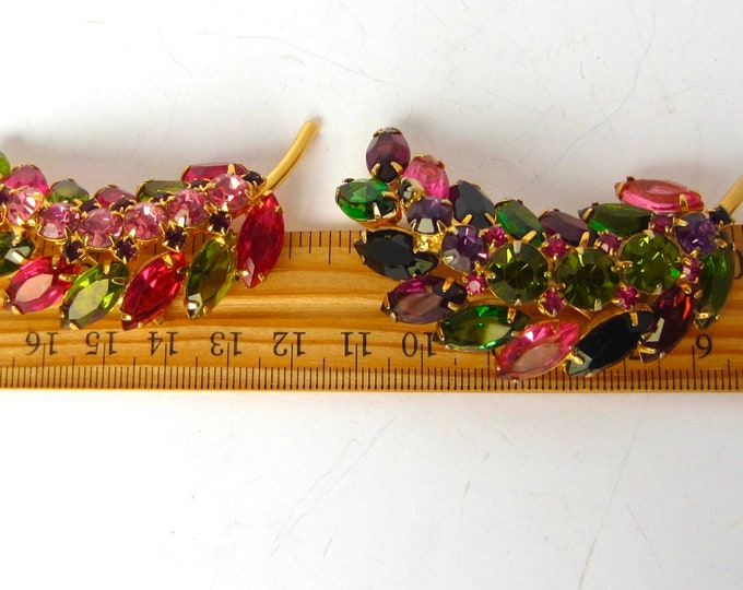 Juliana multi-color, feather/flower Brooch Set ~two pretty, vintage costume jewelry pins