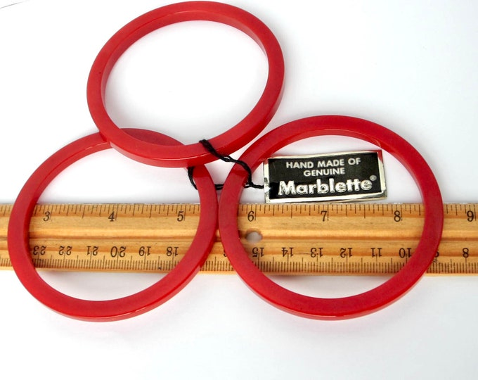 "Marblette ""paper tag"" signed Bakelite trio Brick Red Bangle Bracelets ~27 gms of costume jewelry"