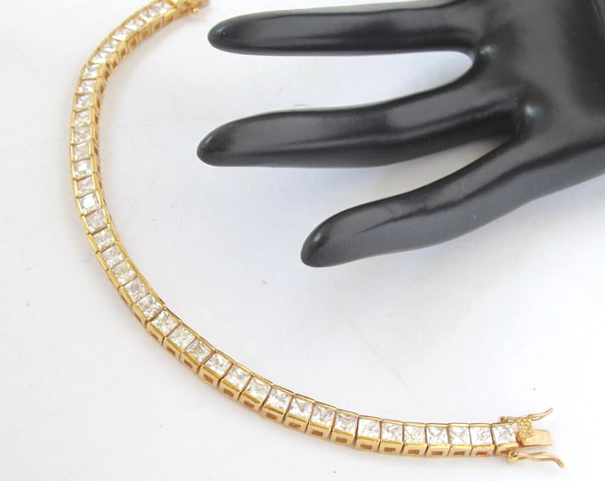 Quality Square cut CRYSTAL, gold tone line BRACELET ~lovely, sophisticated, designer quality vintage costume jewelry