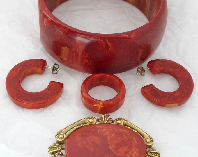 BAKELIiTE tested collection of deep RED/Orange jewelry: octagon Bracelet, Earrings, Ring, & Pin ~pretty, vintage costume jewelry