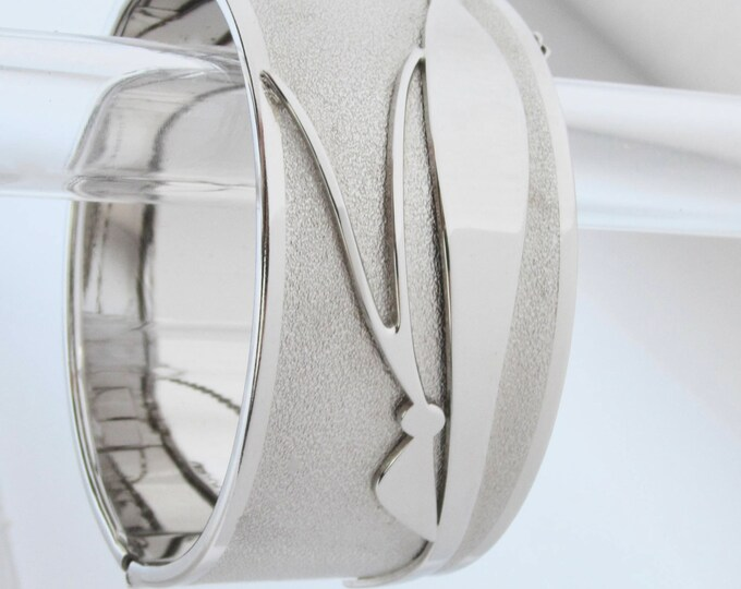 Whiting Davis signed Modernist Dragonfly silver tone hinged clamper Bangle Bracelet ~mesmerizing, vintage costume jewelry