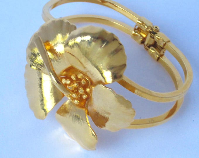 CERRITO signed FLOWER gold tone hinged, clamper bangle bracelet ~outstanding vintage costume jewelry
