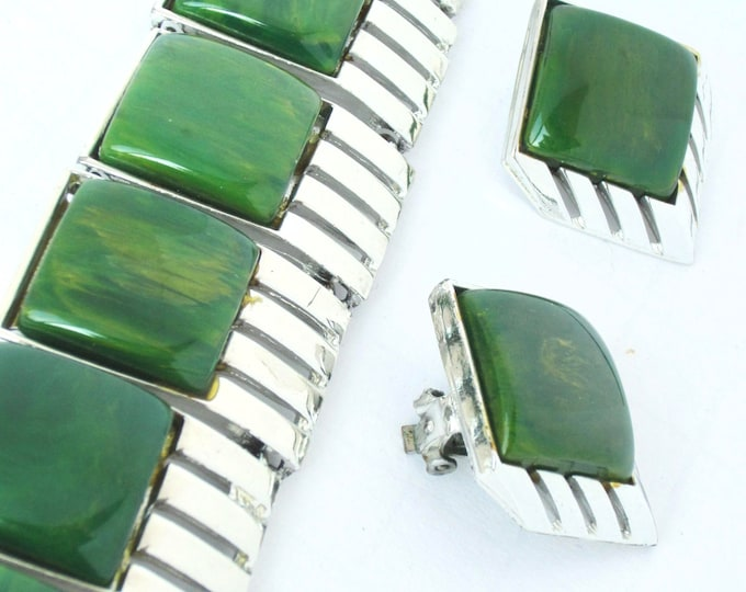 BAKELITE tested Charel signed ART Deco End-of-the-Day GREEN chunky, wide Bracelet & Earring Set ~awesome vintage costume jewelry