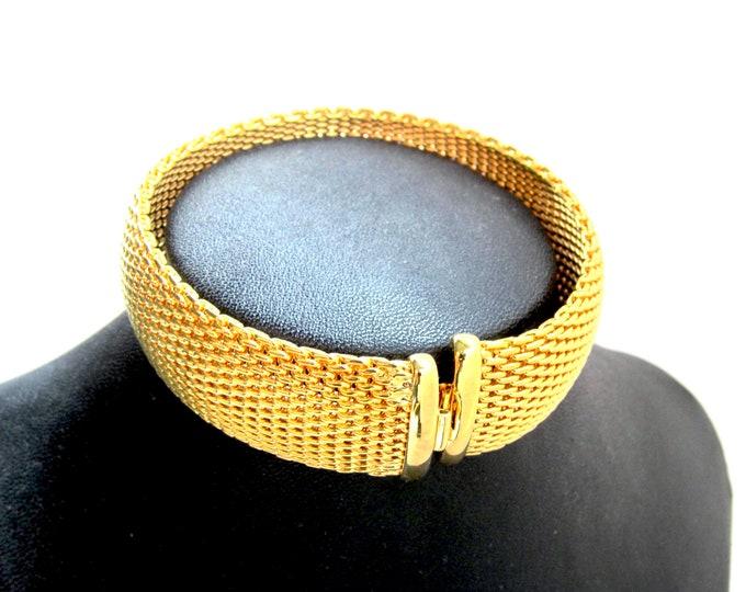 LIND signed 14KG electroplate mesh Bracelet ~lovely, timeless vintage jewelry