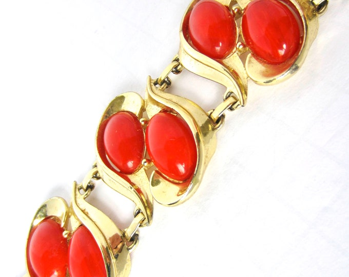 BAKELiTE tested Charel signed RED Marbled, double row BRACELET ~61 gms of pretty, chunky, vintage costume jewelry
