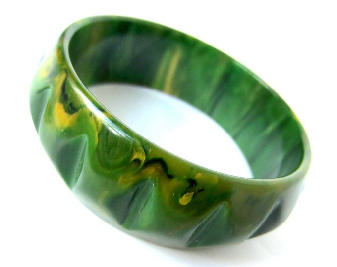 Green BAKELITE tested Carved cog wheel Bangle Bracelet ~33 gms of awesome, marbled vintage costume jewelry