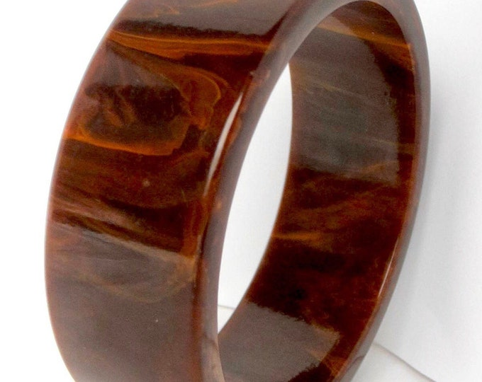 Bakelite Simi tested slice-cut Bangle Bracelet with warm Mississippi Mud coloring ~44 gms out outstanding vintage costume jewelry