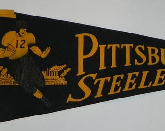 1940's Pittsburgh Steelers Runningback Themed Pennant - Antique NFL Memorabilia