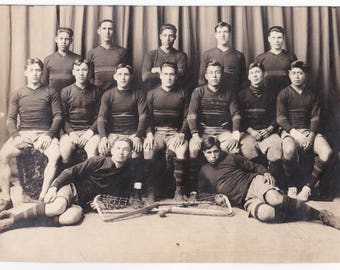Circa 1912 to 1913 Carlisle Indian School Lacrosse Team Silver Gelatin Photograph with Pro Football Legend of Canton Bulldogs Joe Guyon