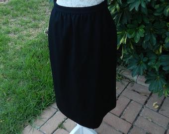 Pendleton Black 100% Wool Lined Vintage Career Dress Pencil Skirt Women's Size 10