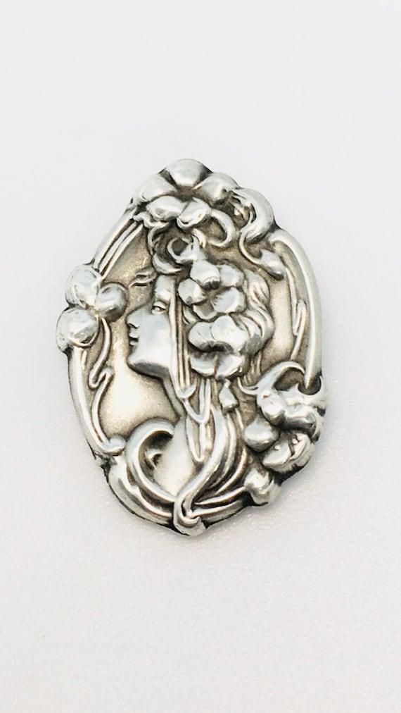 Antique Art Nouveau Sterling Silver Pin Brooch / A