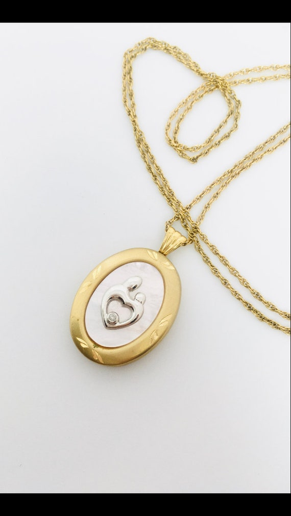 Vintage Gold Fill Locket Pendant / Vintage Mother… - image 3