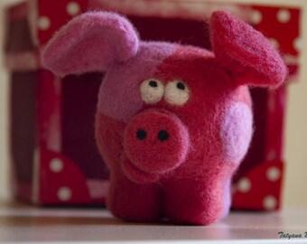 Felted Toy Piglet Vsepa