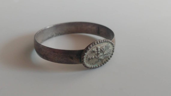 Antique religious pilgrim ring Virgin Mary