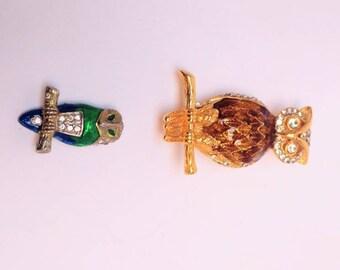 Vintage owl brooch pin set