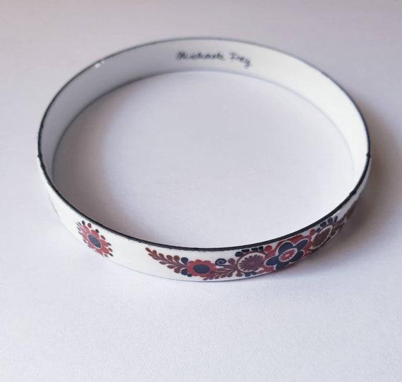 Michaela Frey Bracelet vintage junk metal enamelled black with jewel liseret