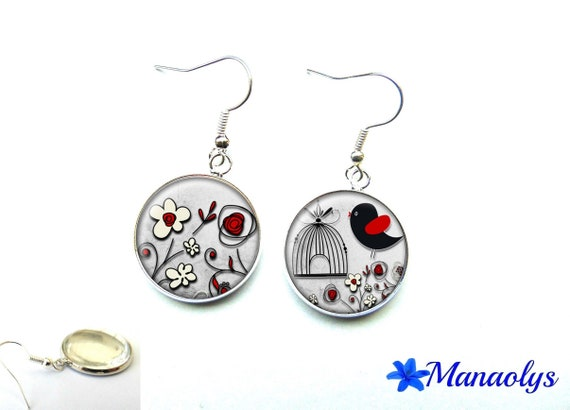 Bird and flowers, red and black glass 1531 cabochons earrings