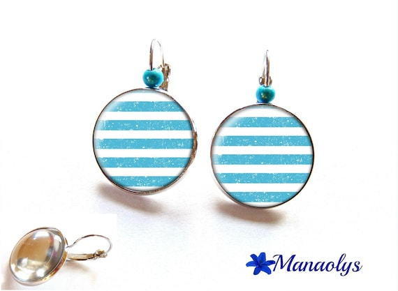 Stud Earrings, earrings style Navy, white and blue turquoise cabochons glass 3194