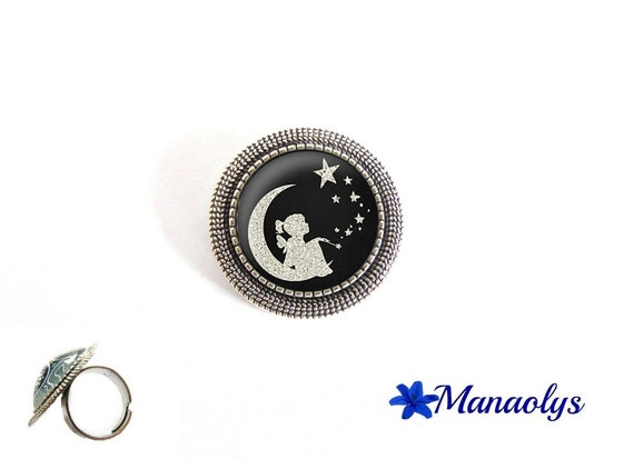 ring adjustable round antique silver girl in the Moon, 195 glass cabochons