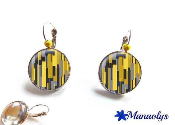 Earrings sleepers yellow and blue patterns, glass beads 2982 cabochons
