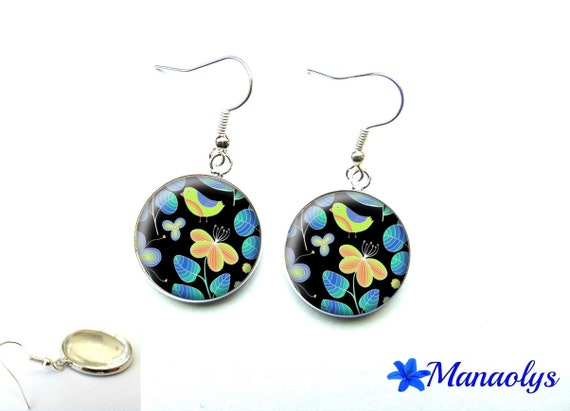 Flowers and birds blues and Greens, 2372 glass cabochons earrings